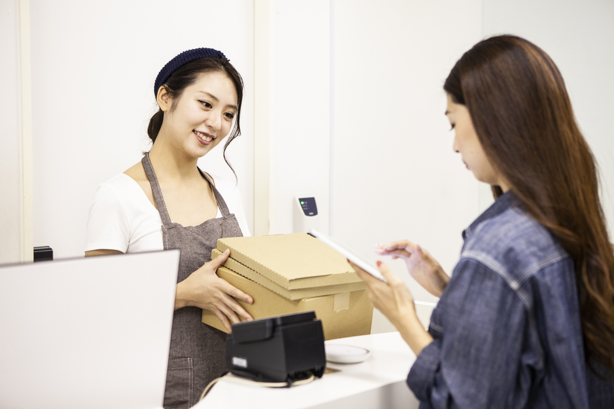 Women who pick up delivery packages